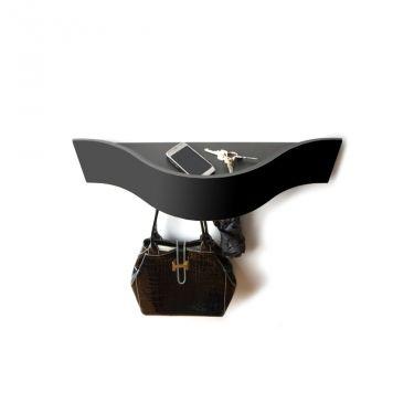€ 39,00 #sconto 40% #consolle da parete in lamina di metallo verniciato con #mensola superiore #portaoggetti e ganci per appendere #borse e accessori. WAVE è un prodotto 100% #MadeInItaly. In #offerta da #chairsoutlet, #comprala adesso su www.chairsoutlet.com