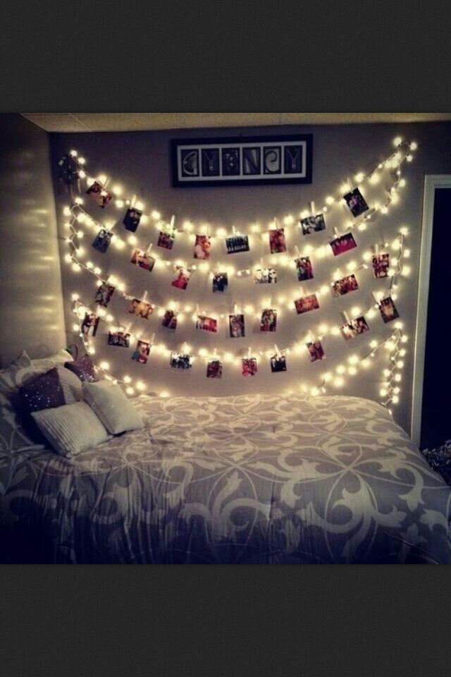 Love this room. I know how I'm doing decorating my room!!!!!!!!!!