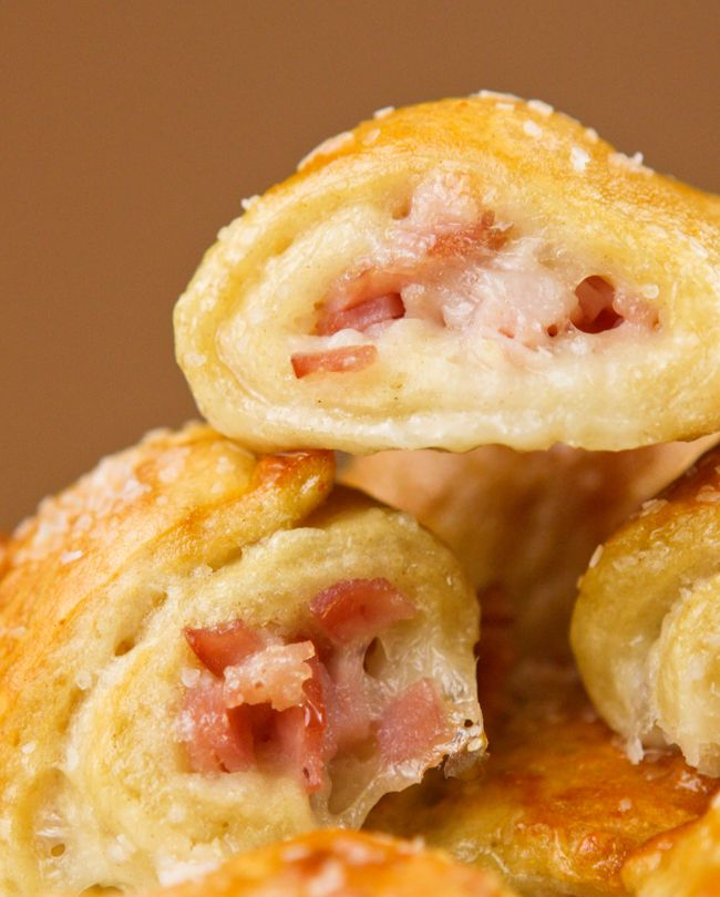 Ham and cheese soft pretzels.  Perfect party food!