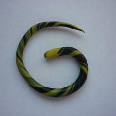 Écarteur fin jaune et noir en fimo / 2 à 3 mm