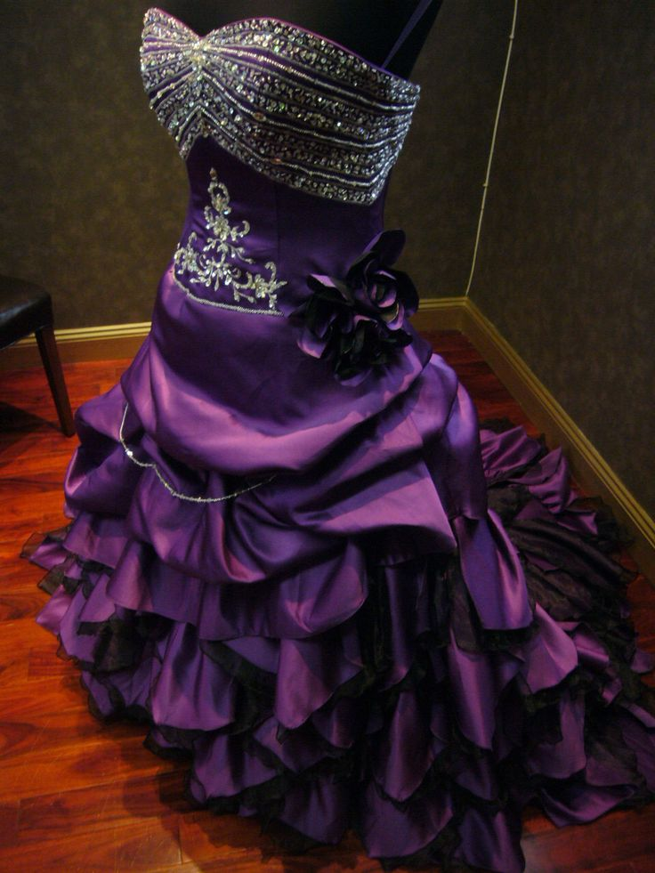 Breathtaking royal purple wedding dress alternative for Silver and purple wedding dresses