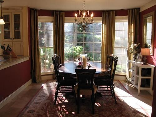 17 best images about bay window ideas curtains and rods on for Dining room bay window ideas
