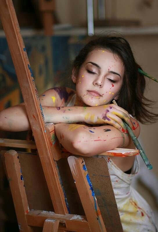 Maybe Ellie tries some painting^^ This girl looks so young and innocent. Love it.: