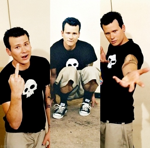 TOM DELONGE ♥ WORDS CANNOT DESCRIBE HOW MUCH I LOVE THIS MAN