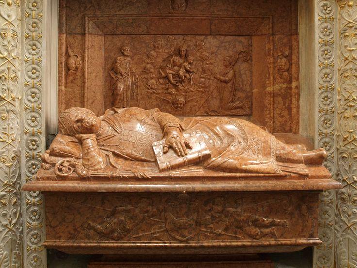 Nagrobek bp. Piotra Tomickiego, B. Berecci 1533 (Wawel)