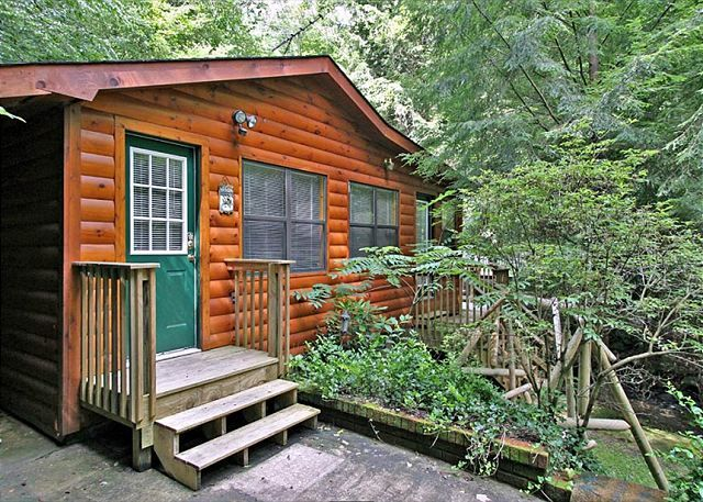 22 Best Images About Smoky Mountain River Cabins On Pinterest Rocking Chairs Beautiful And Sleep