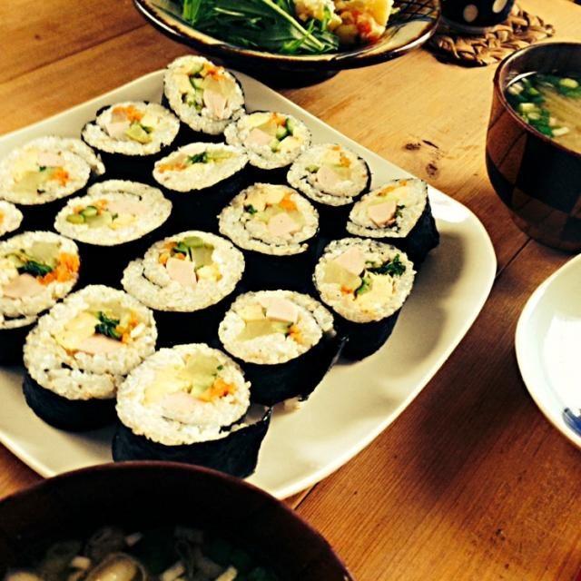 キムパプで朝ごはん ポテトサラダ ふきと長芋の味噌汁 - 36件のもぐもぐ - 朝ごはん(^。^) by nishimakigohan
