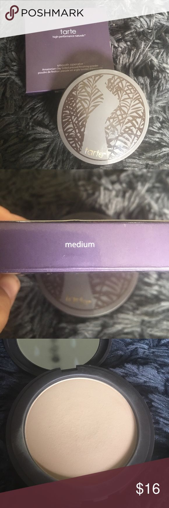 Tarte smooth operator, medium ** please see photos for condition! Some products are brand new but some have minimal professional usage. Price is reflective of usage.** ** ALL my products are authentic!** **any questions please ask before you purchase** ** happy shopping and I hope you enjoy!** Makeup Face Powder