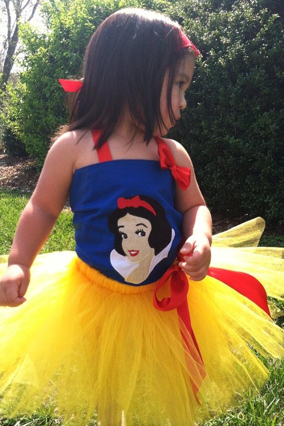 Snow white disney shirt that looks like her dress