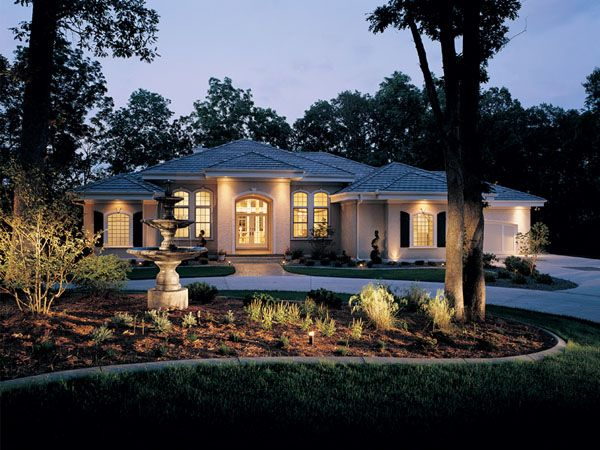 Best 25 house plans and more ideas on pinterest for Luxury retirement home plans