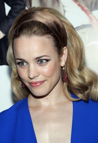 Rachel Mcadams Photos Actress Attends The Premiere Of Wedding Crashers At Ziegfeld Theatre July 13 2005 In New York City