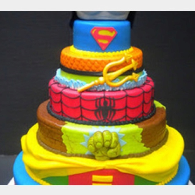 Great for a boy's birthday party, who loves his super heros!