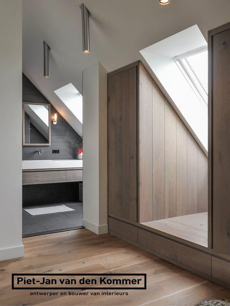 Luxe woonboerderij - Piet-Jan van den Kommer - slaapkamer garderobe badkamer 1