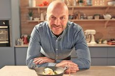 Eat the Week with Iceland: Everything you need to know about Simon Rimmer's new TV show http://trib.al/JtCtrFv