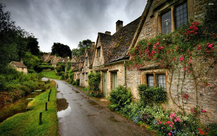15390-beautiful-village-street-after-the-rain-2880x1800-world-wallpaper.jpg…