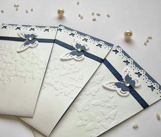 Matrimonio in blu: partecipazioni eleganti blu, ideali anche per comunione o cresima ragazzo, ventagli apribili, guestbook personalizzato