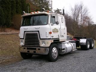 Used 1980 International 4070 Truck For Sale in Pennsylvania Millville, Used International Cabover Truck w/ Sleeper
