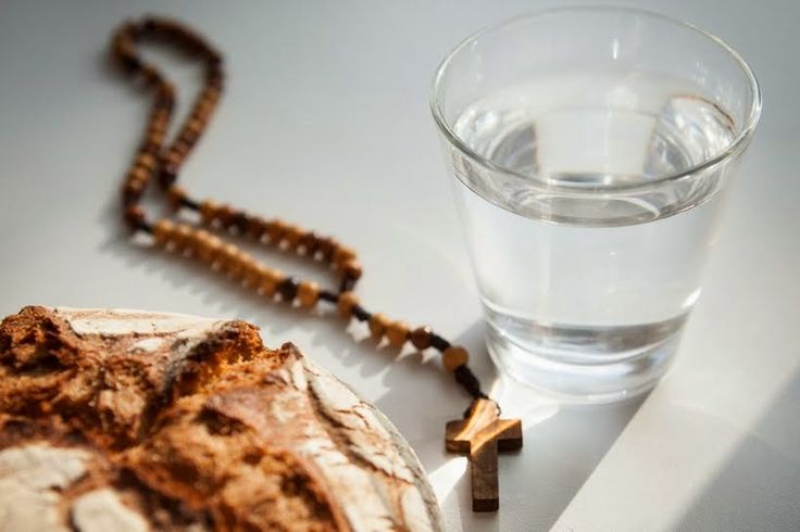 """Nel digiuno """"a pane e acqua""""è possibile prendere ..."""