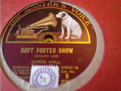 Soft-footed Snow