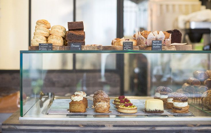 Top 5 Paris Coffee Shops for Lunch, Lattes and Sweet Treats