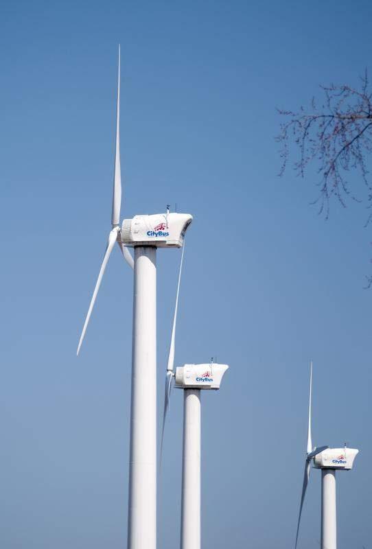 Hoosiers accepting wind turbines, Purdue study says