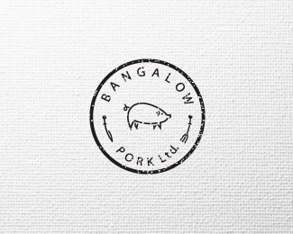 Black and white circular pig logo ! Bangalow Pork Ltd - a simple and quirky logo that shows exactly what the company does