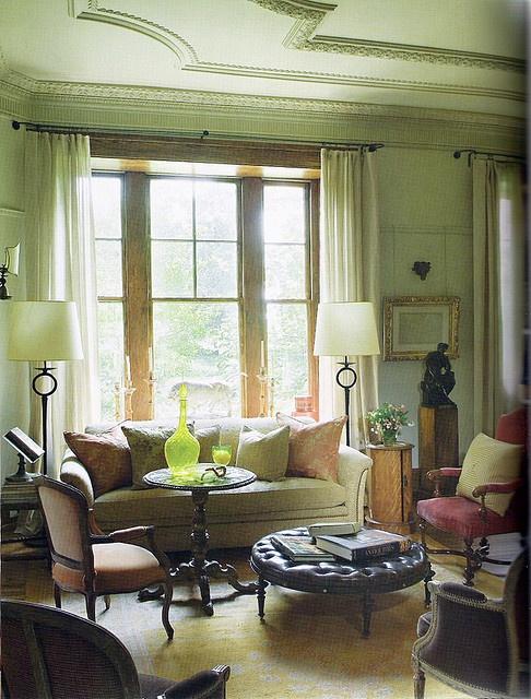 Walls +ceiling Farrow & Ball 'Lime White'