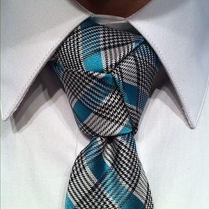 Nós de gravata incomuns e como fazer um nó de gravata