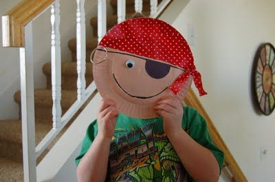 All of the children at your event will enjoy making Paper Plate Pirate Crafts! - Southern Outdoor Cinema expert tip for theming and enhancing an outdoor movie event.
