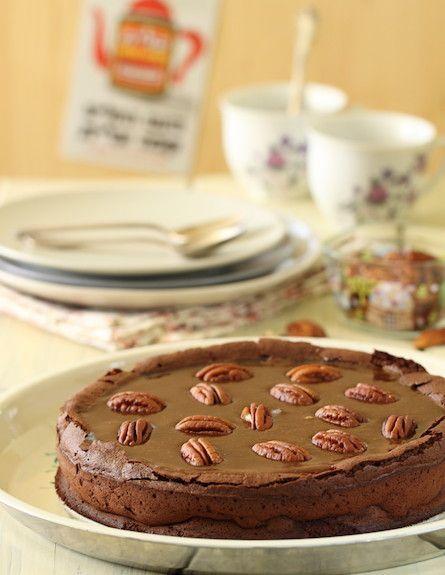 עוגת שוקולד, קרמל ופקאן - אורך (צילום: חן שוקרון ,אוכל טוב)