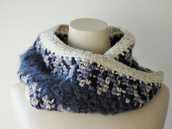 Wool infinity cowl in chunky wool and mohair by KororaCrafters