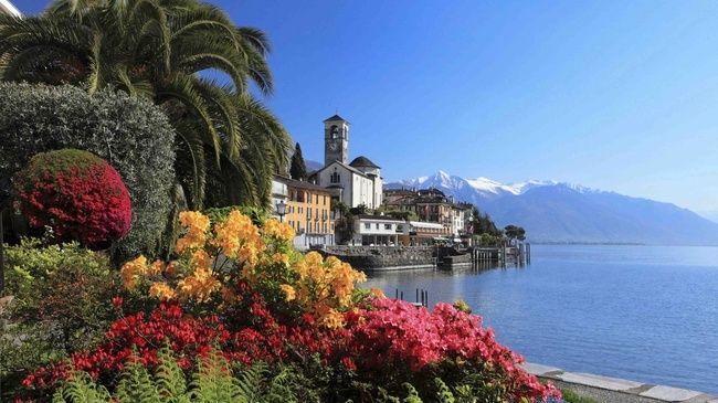 Lago Maggiore im Italien Reiseführer http://www.abenteurer.net/1981-italien-reisefuehrer/