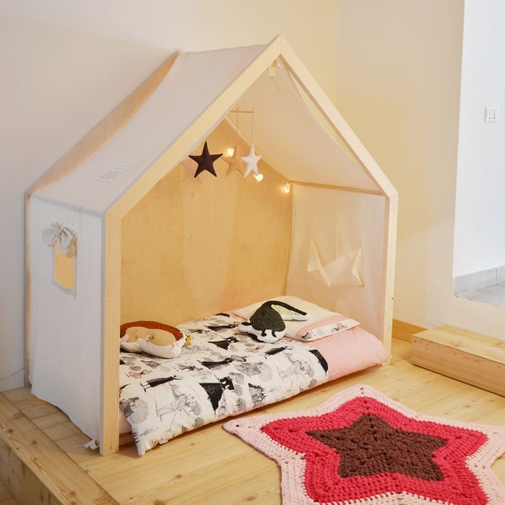 17 best images about montessori floor bed on pinterest ikea bed hack ikea kura and montessori. Black Bedroom Furniture Sets. Home Design Ideas