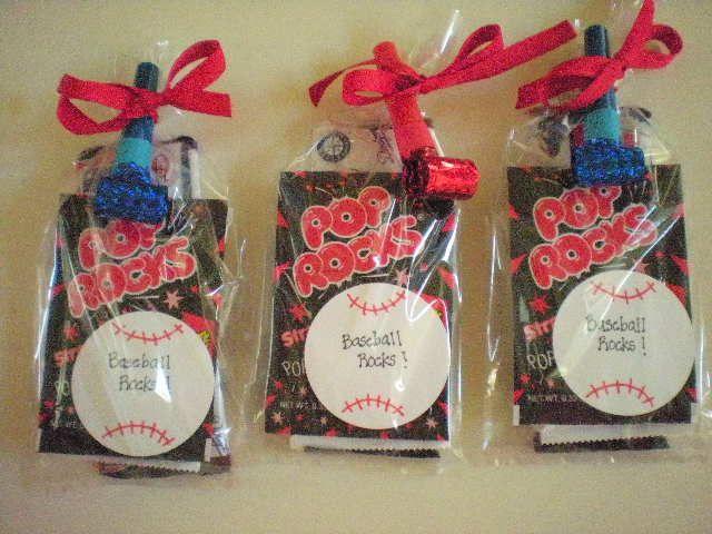 baseball party ideas | roommom27: Baseball Party Favors - Baseball Rocks!