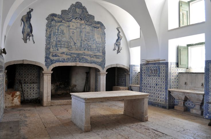Loures   Palácio do / Palace of Correio-Mor   cozinha velha / old kitchen #Azulejo #AzulejoDoMês #AzulejoOfTheMonth #Loures