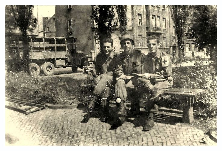 - TRIBUTE TO THE 17th AIRBORNE DIVISION