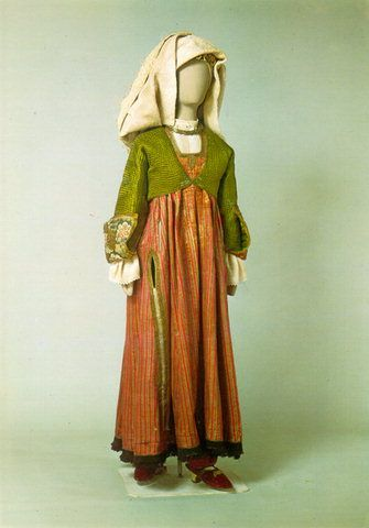 Festal costume from Lemnos, 18th century.