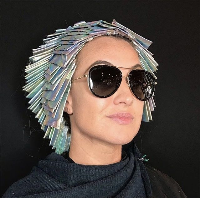 The Platinum Card Lightening Technique That S Behind Beautiful Blondes Beautiful Blonde Cool Hair Color Hair Color Techniques