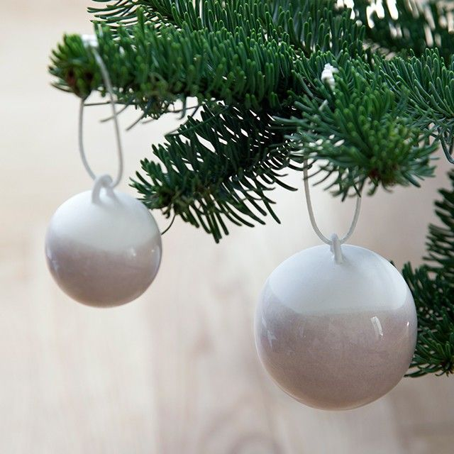 The Nobili range interprets classic Christmas decorations and gives the design lover modern and exclusive decorations for the home.