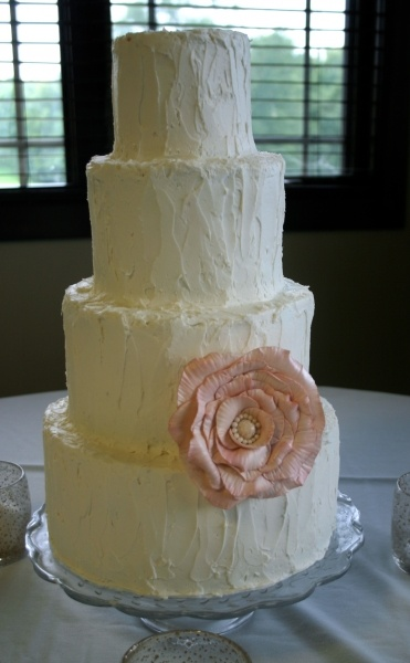 edible sugar flowers for wedding cakes 2 17 best images about wedding cake on 3830