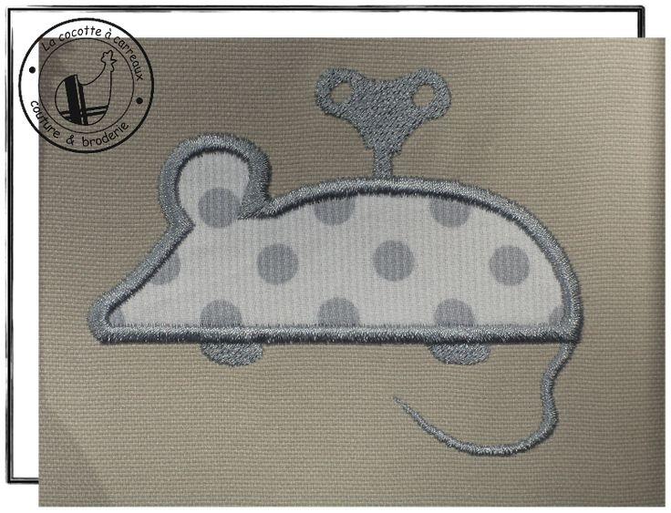Broderie machine à télécharger - appliqué souris à clé