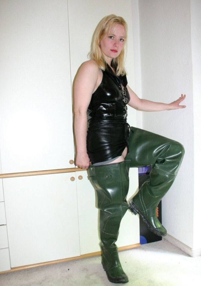 Sex Women And Waders