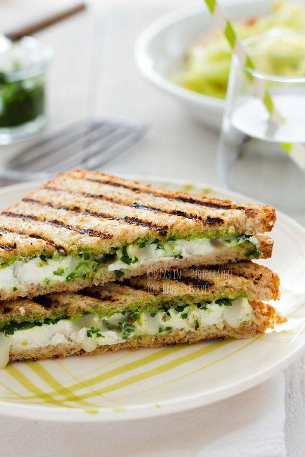 Croque-monsieur chèvre pesto - Le croque-monsieur se décline en mode veggie ! - Elle à Table