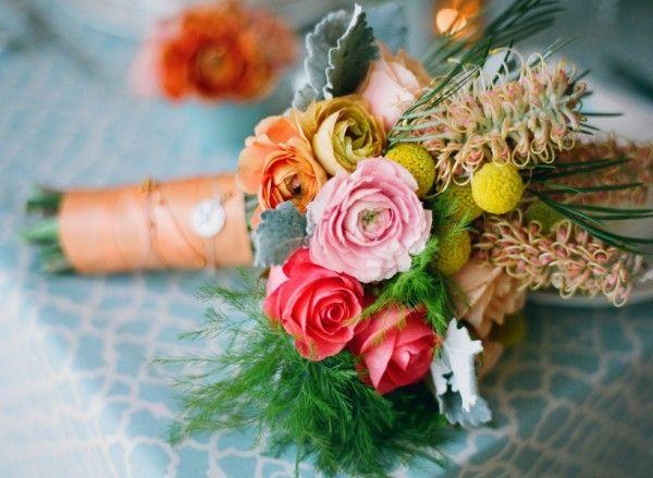 .: Wedding Peach, Unique Wedding Dress, Pretty Colors, Bride Bouquets, French Country Wedding, Blue Bouquets, Flowers Inspiration, Beautiful Bouquets, Bridesmaid Bouquets