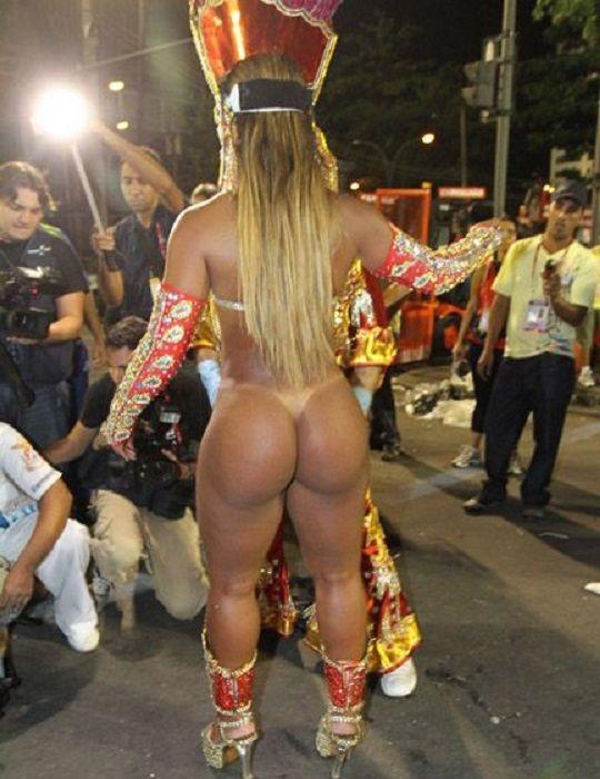 Viviane S Sex Carnival 68