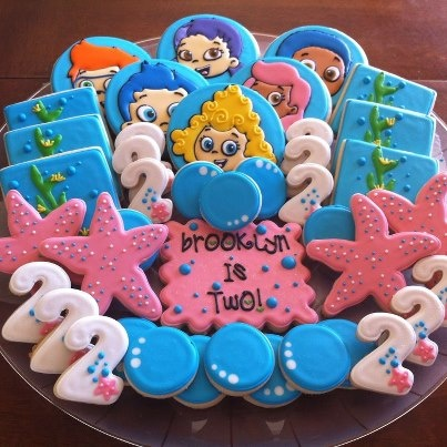 beautiful bubble guppies cookies... could do starfish cookies in different colors