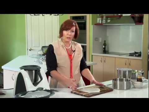 Fresh Rice Noodles - Cooking with a Thermomix - Tenina Holder #thermomix #thermomixvideo