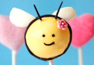 {Tutorial} Easter Cake Pops ideas for your Easter dessert table: Bumble Bee & Flowerpot Cake Pops | niner bakes