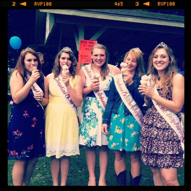 Local Dairy Princesses at our Dairy Day celebration!