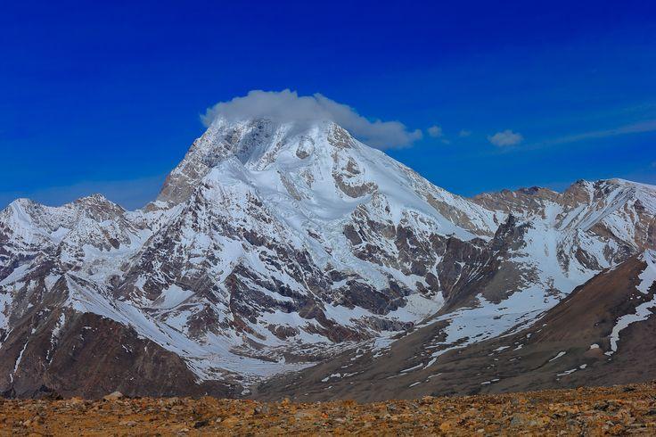 Peaks in north Sikkim by Vishwa Kiran on 500px